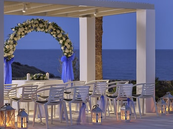 Aurora Luxury Hotel & Spa