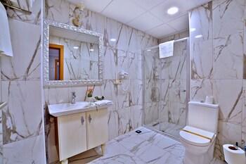 Sanli Suite Hotel