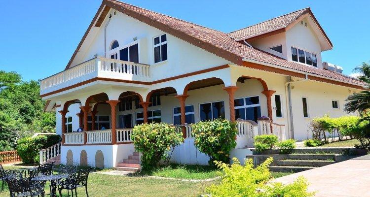 Bayview Villas
