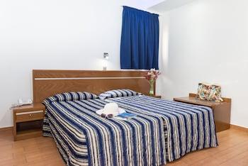 Loutsiana Apartments