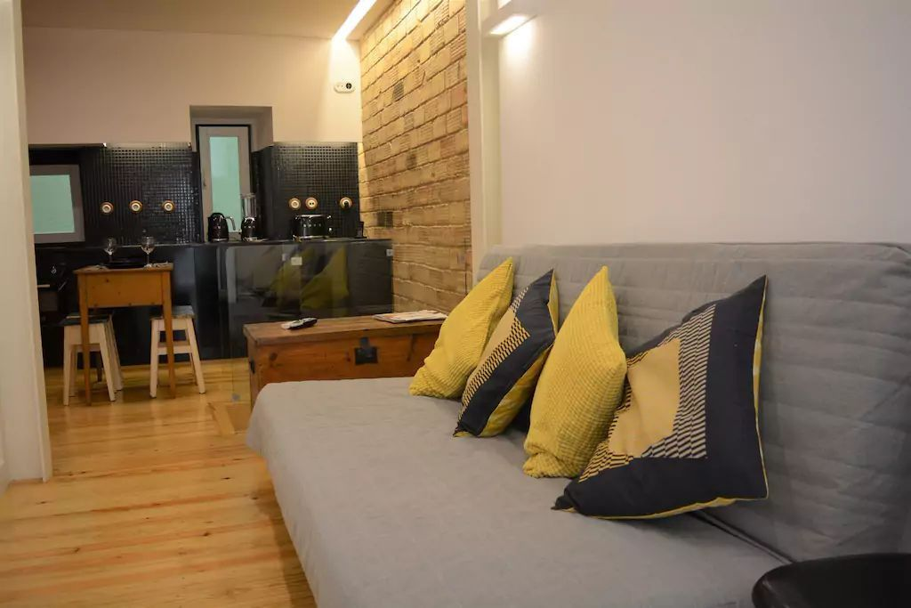 Bairro Alto Duplex By Homing