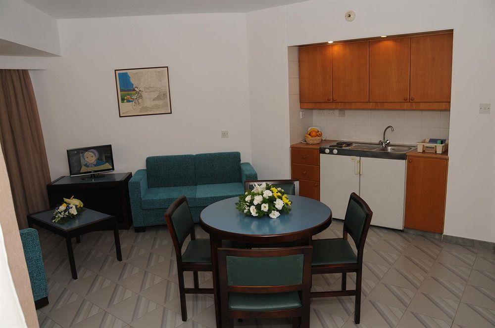 Atrium Zenon Hotel Apartments