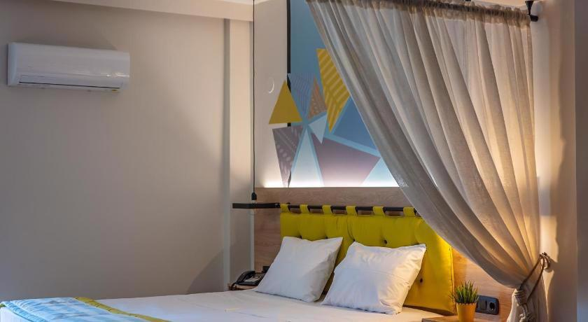 Mythic Summer Hotel