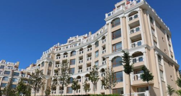 Apart Complex La Mer Residence