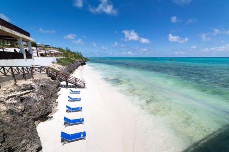 Le Mersenne Beach Resort Zanzibar