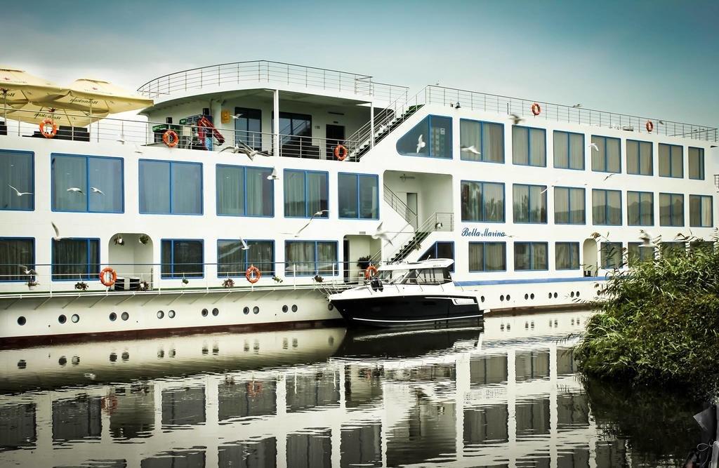 Bella Marina - Hotel plutitor (Jurilovca)