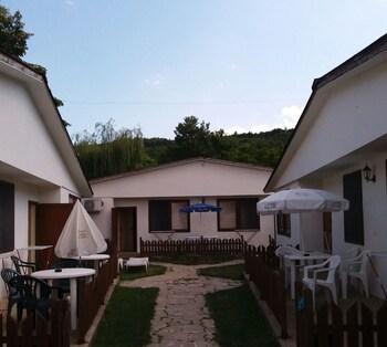 Ajax Guest House