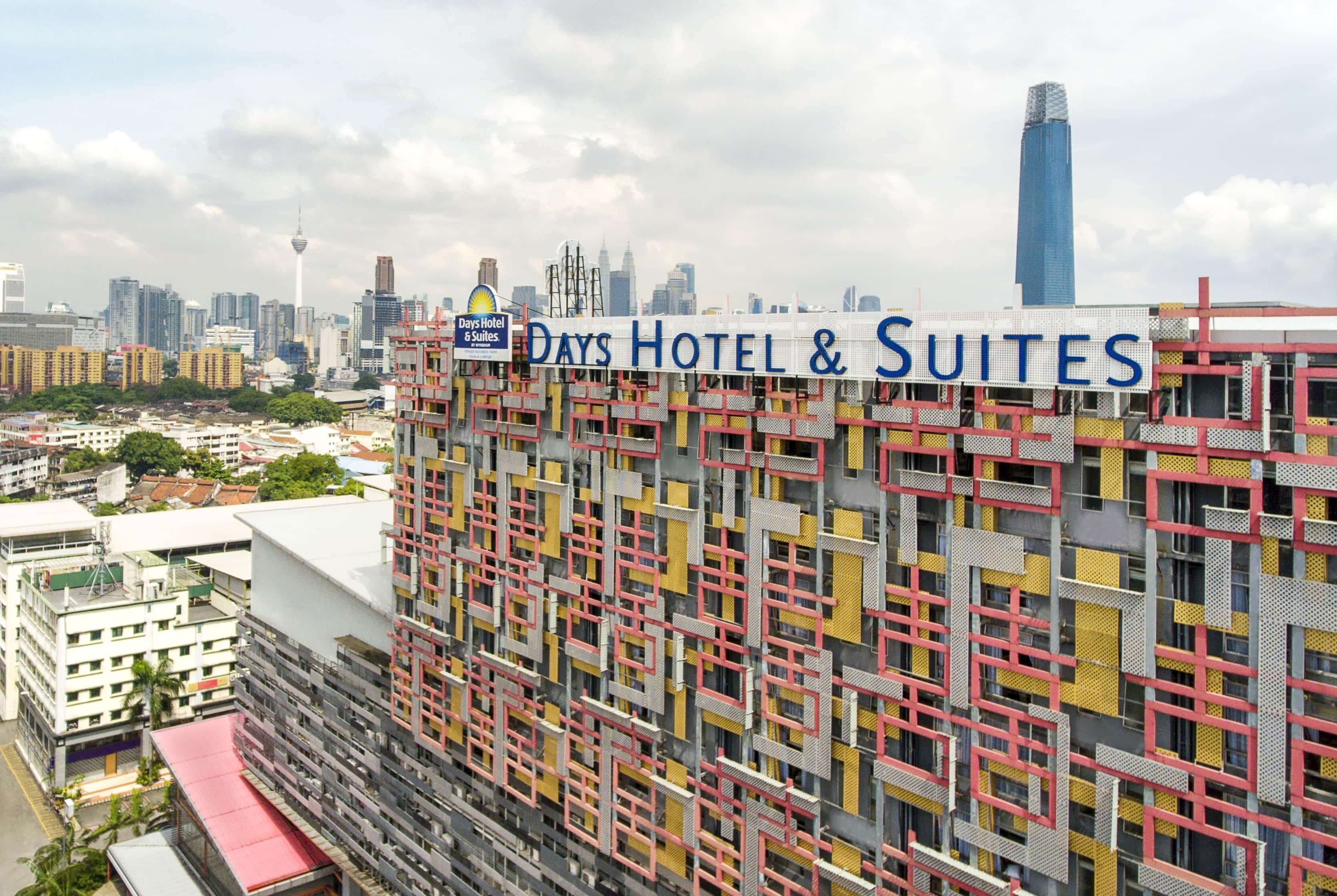 Days Hotel And Suites By Wyndham Fraser Business Park Kuala Lumpur