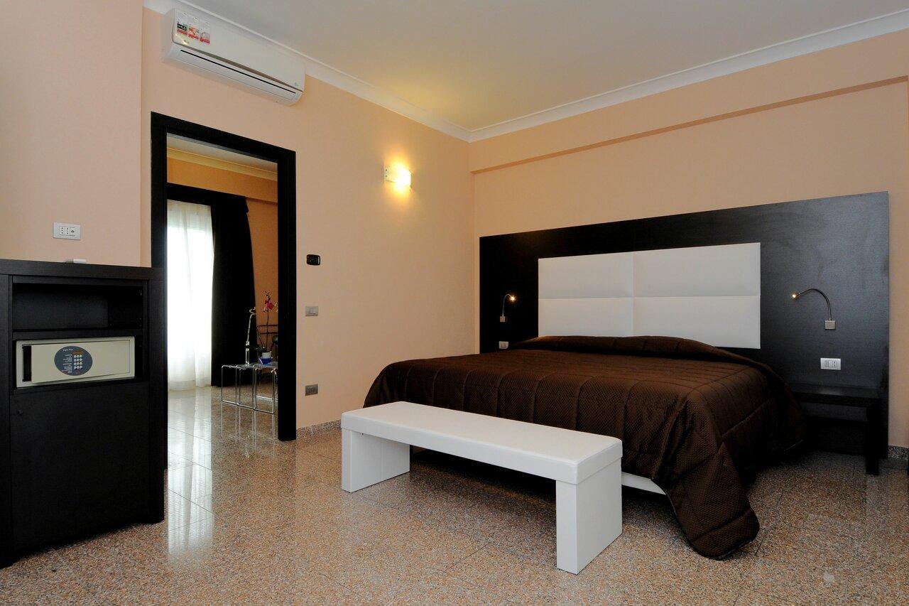 Euro House Suites