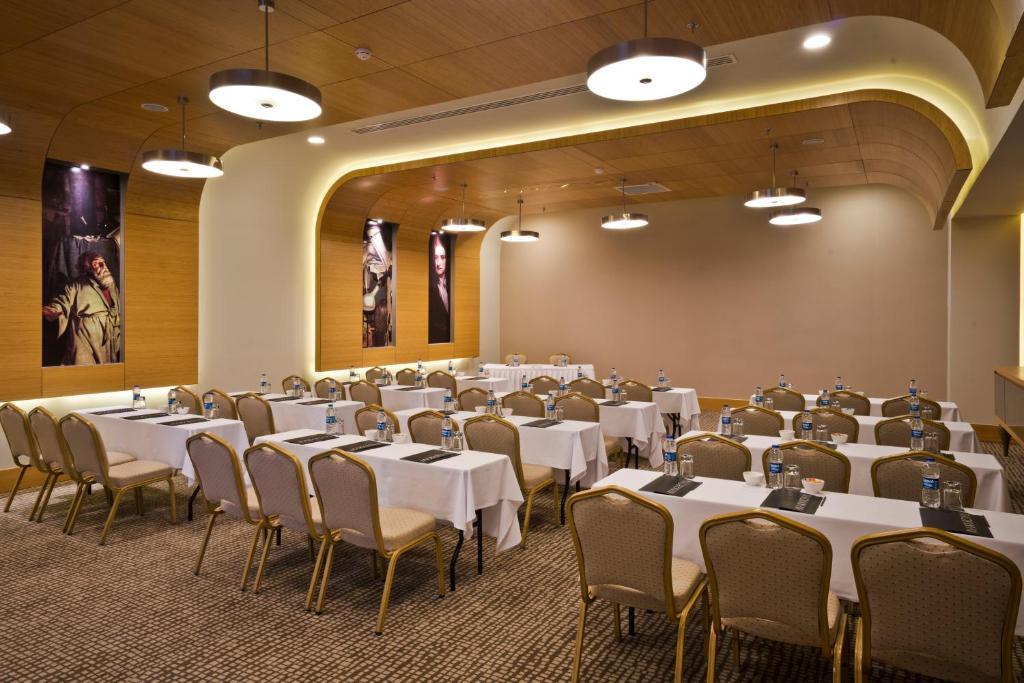 Hotel Maxx Royal