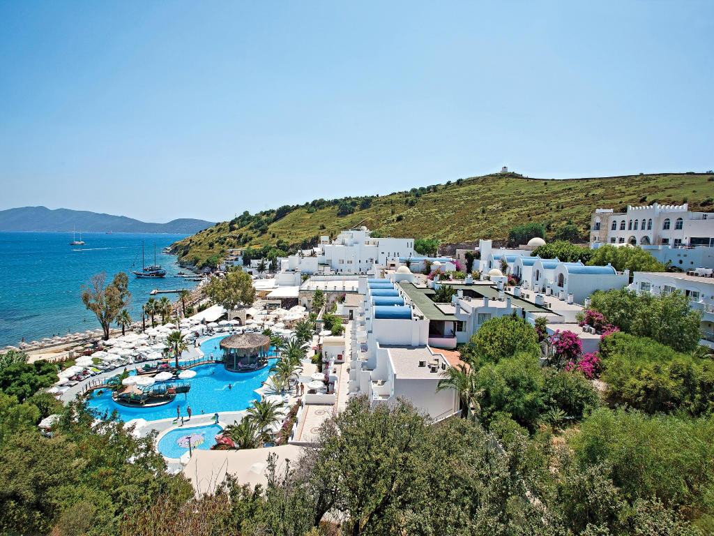SALMAKIS HOTEL
