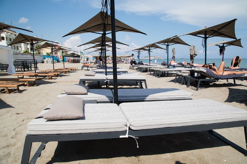 Ikones Seafront Luxury Suites (K) Adults Only +16