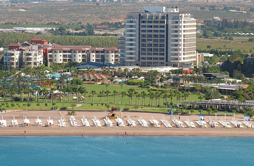 BARUT LARA RESORT & SUITES