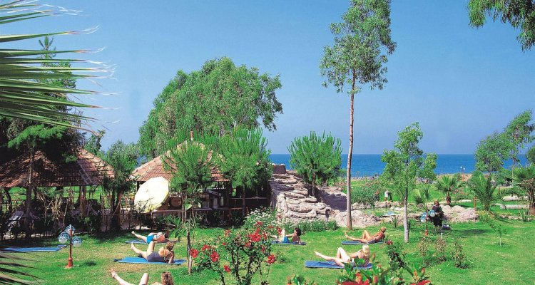 M.C Mahberi Beach Hotel – All Inclusive