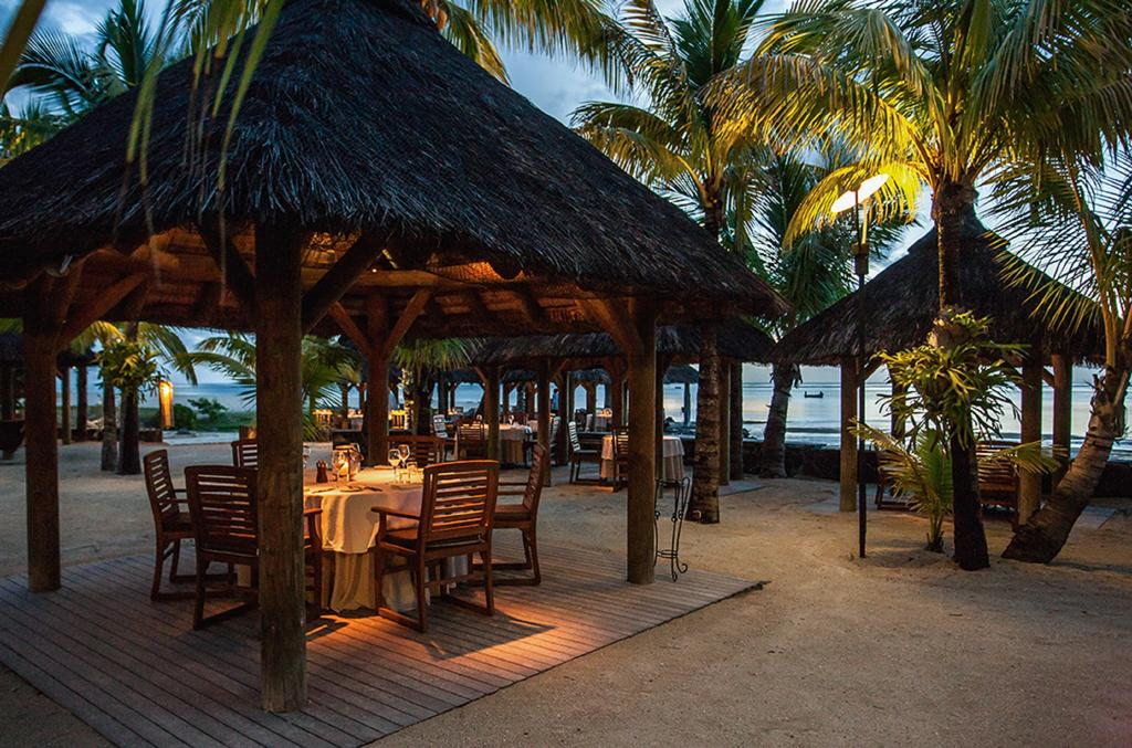 Paradis Beachcomber Golf Resort and Spa