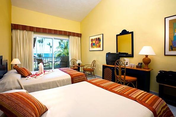 Sirenis Punta Cana Resort Casino & Aquagames (former Sirenis Cocotal-tropical) -family Suite-
