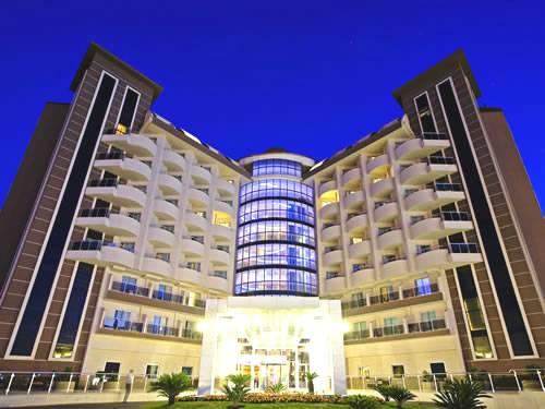 SATURN PALACE HOTEL