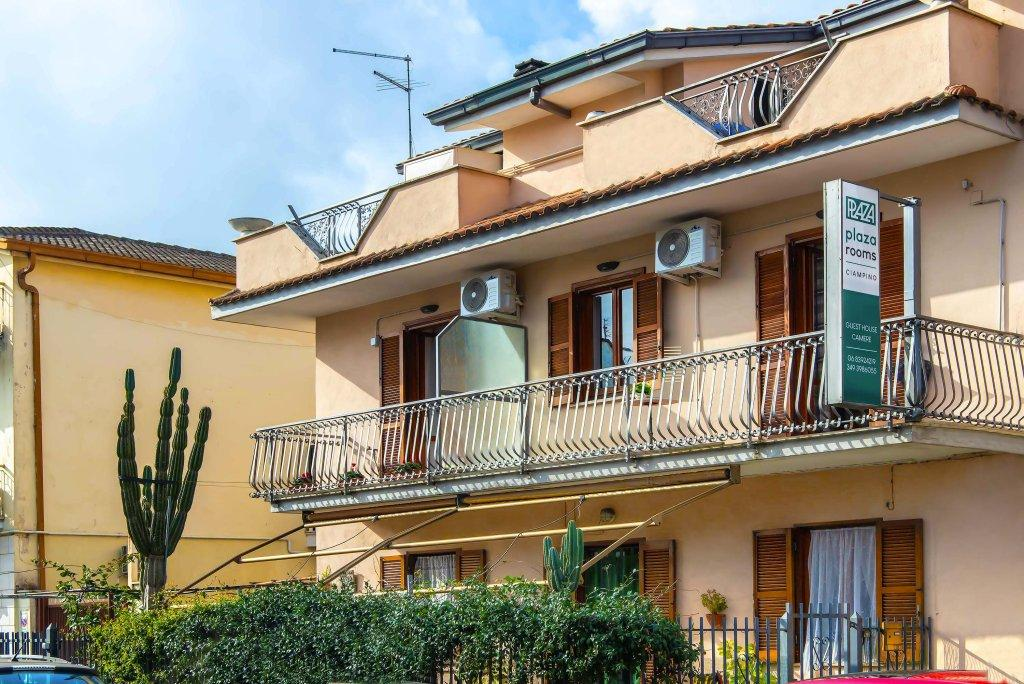 Plaza Rooms Ciampino Guest House