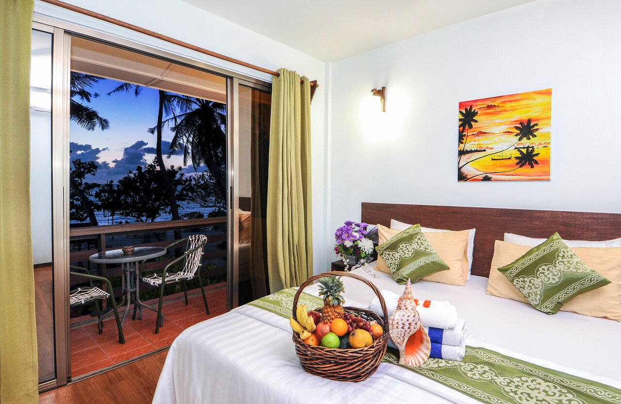 Salt Beach Hotel At Maafushi