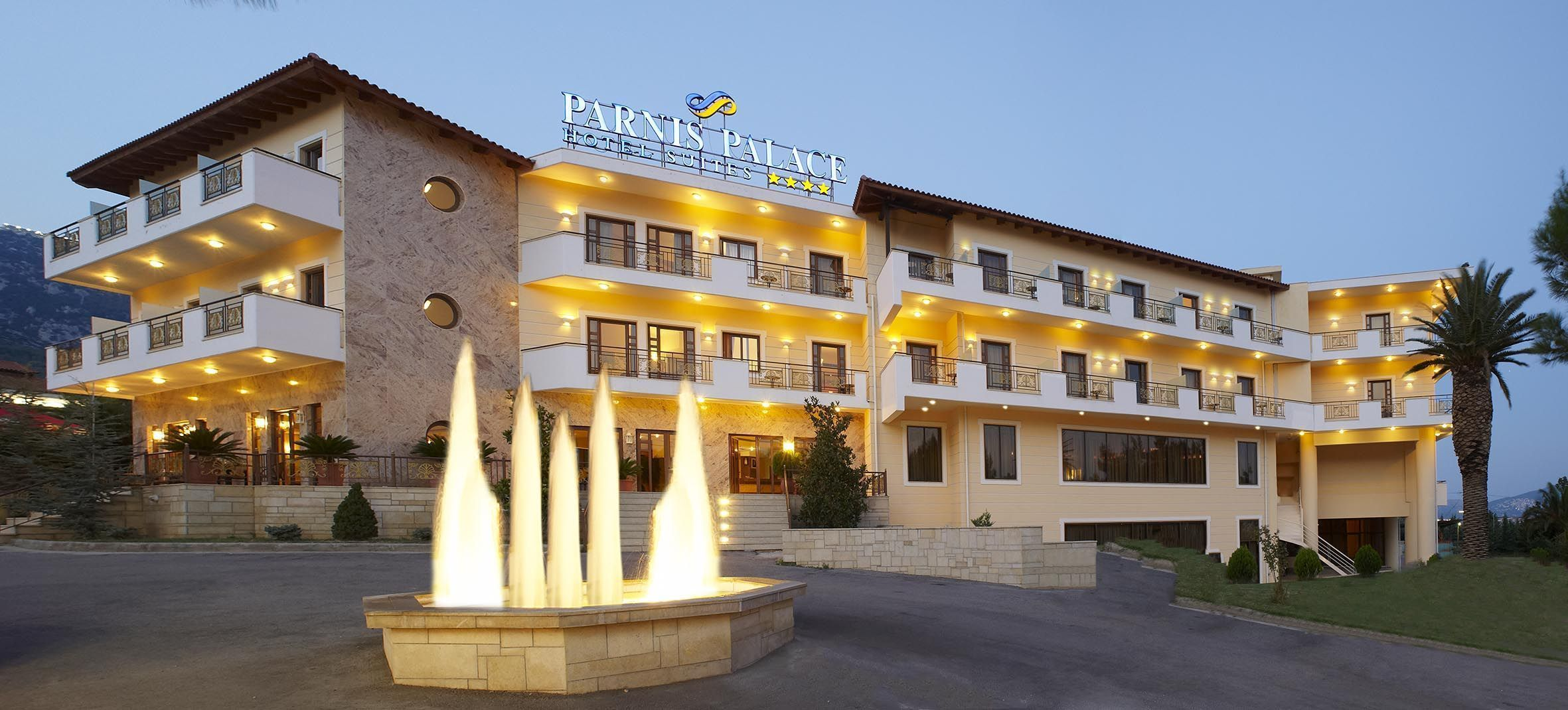 Parnis Palace Hotel Suites