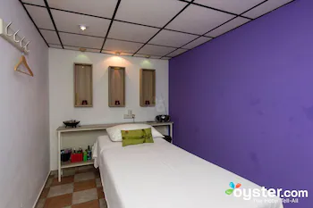 Frixos Suites Apartments
