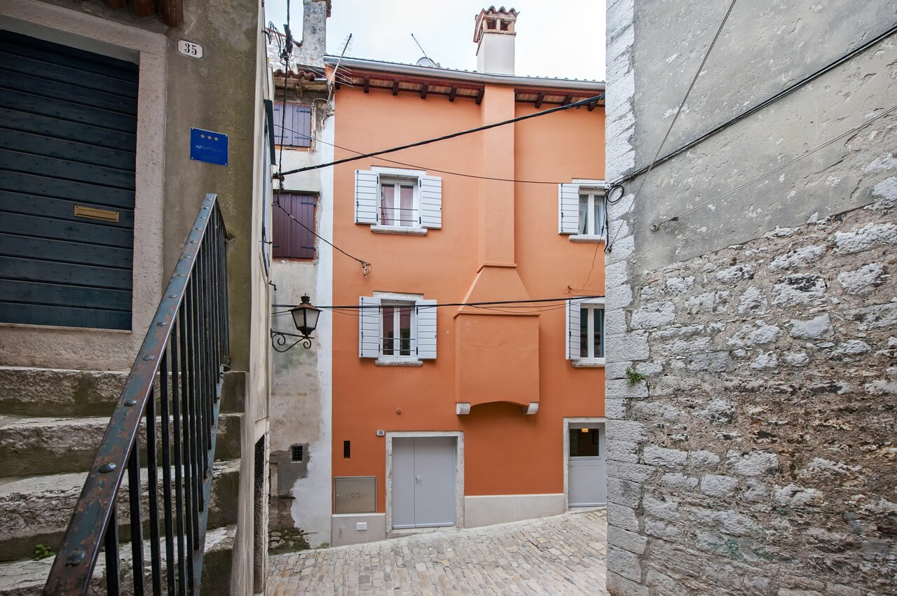 Apartment And Studio Ca 3 Vie