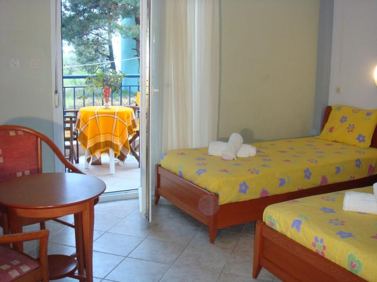 Oceanis Hotel Apartments