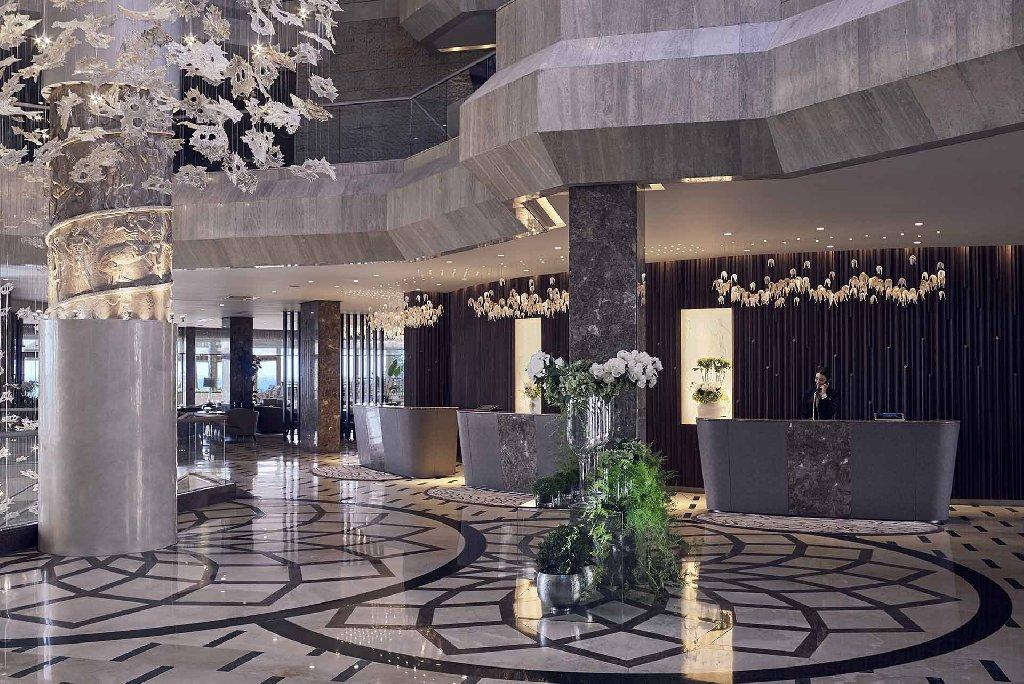 FOUR SEASONS BEACH HOTEL
