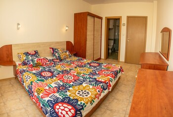Fm Deluxe 1-bdr Apartment In Prestige City Sunny