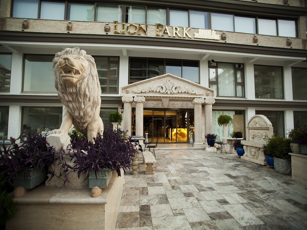 Lion Park Suites & Residence