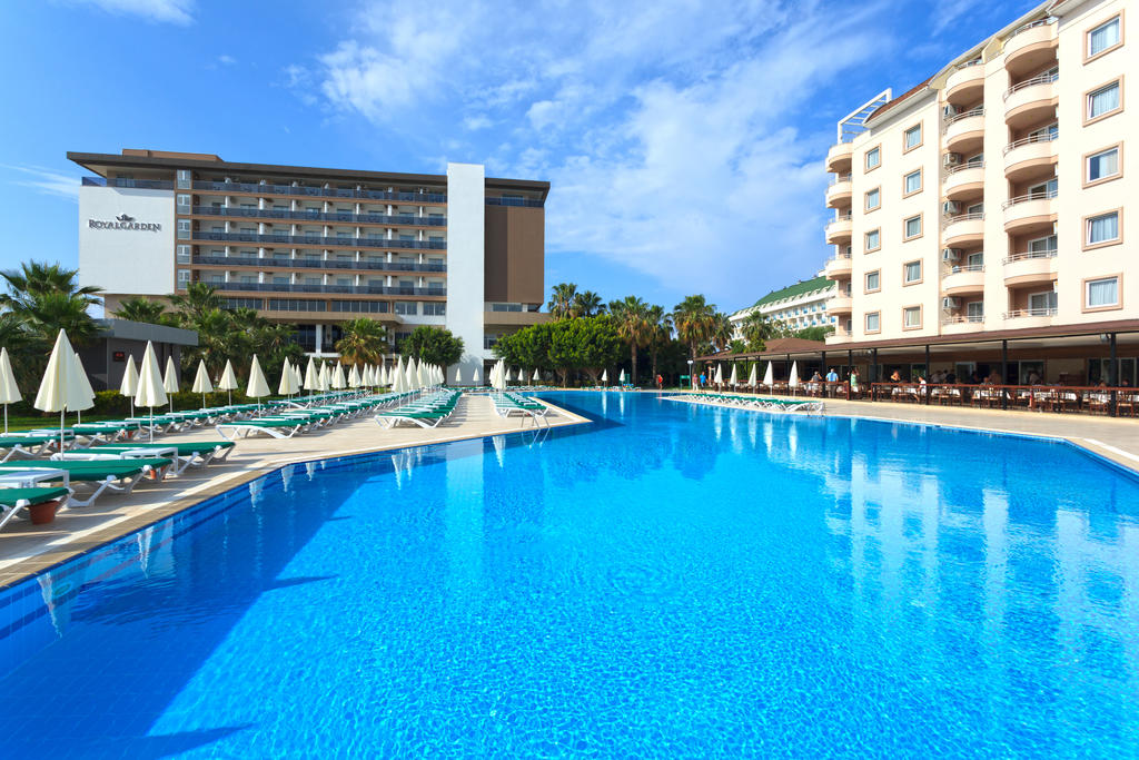 ROYAL GARDEN BEACH EX: ROYAL  SELECT & SUITE HOTEL