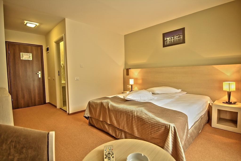 Hotel ESCALADE