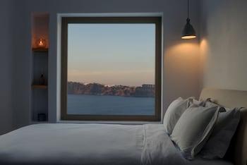 Earino Suites & Villas