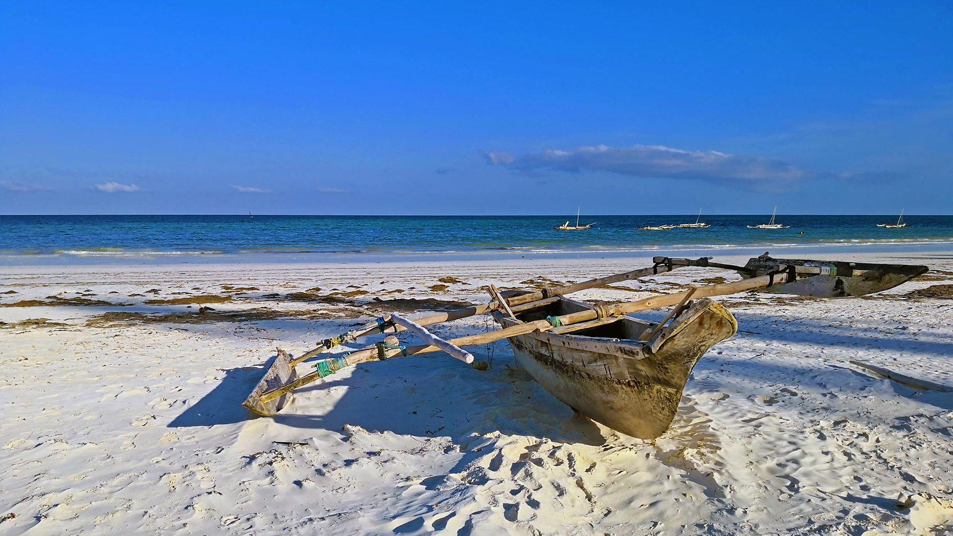 Sejur charter Bamburi Beach & Tsavo Est, Kenya, 9 zile - ianuarie 2022