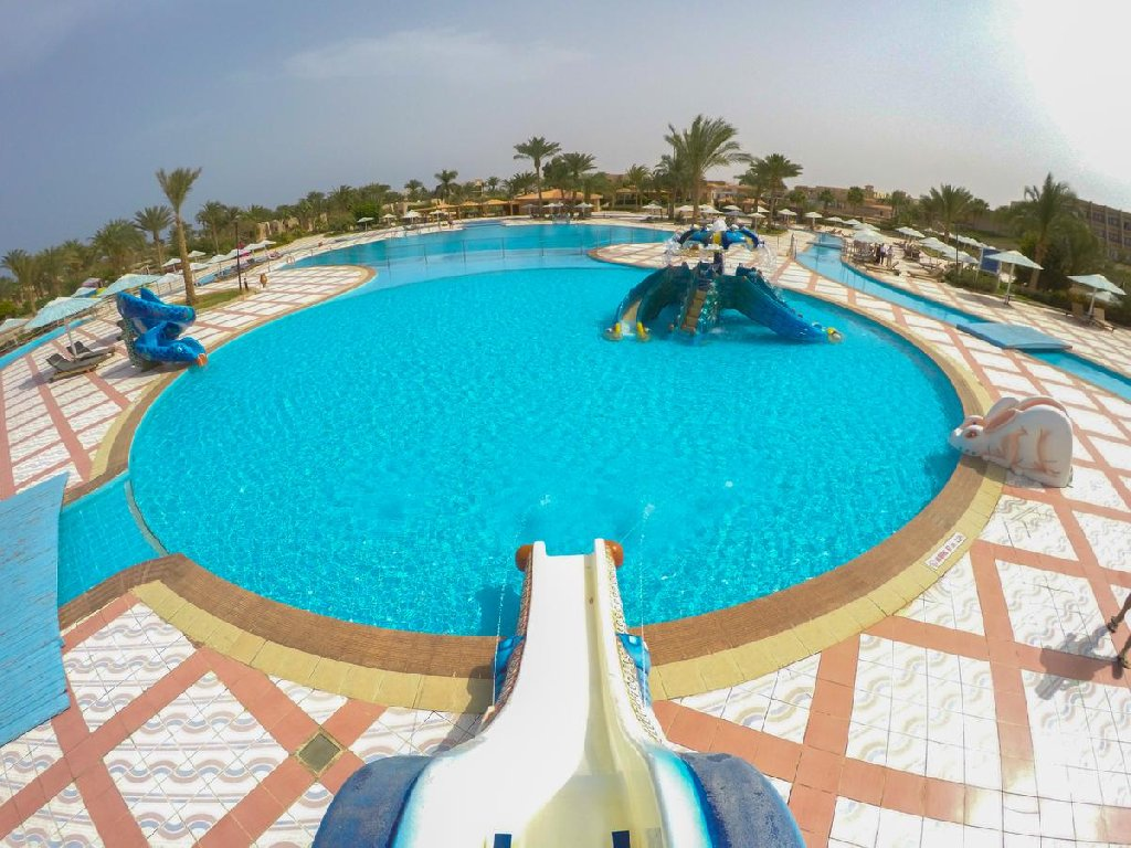 Pharaoh Azur Resort