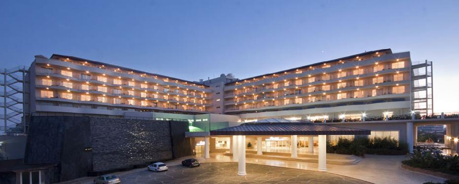 Starlight Resort (ex Starlight Convention Center)