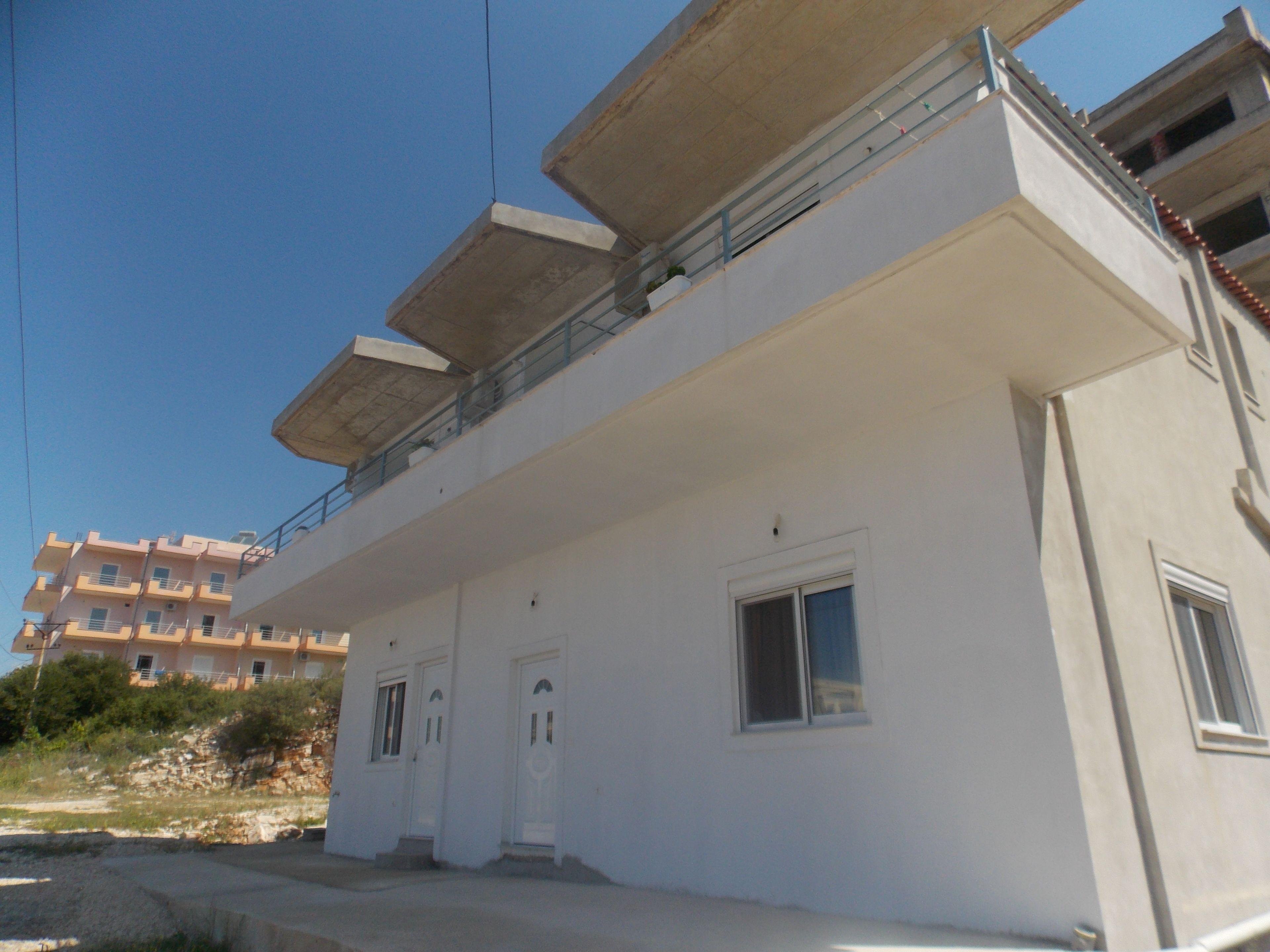 Camela Apartments