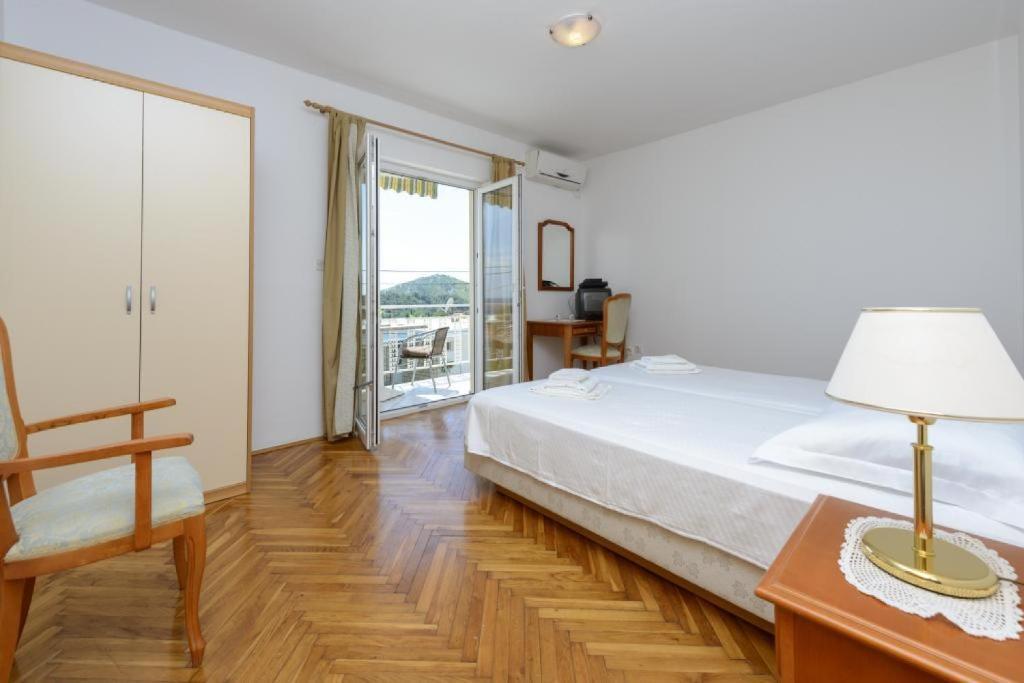 Apartments Botica