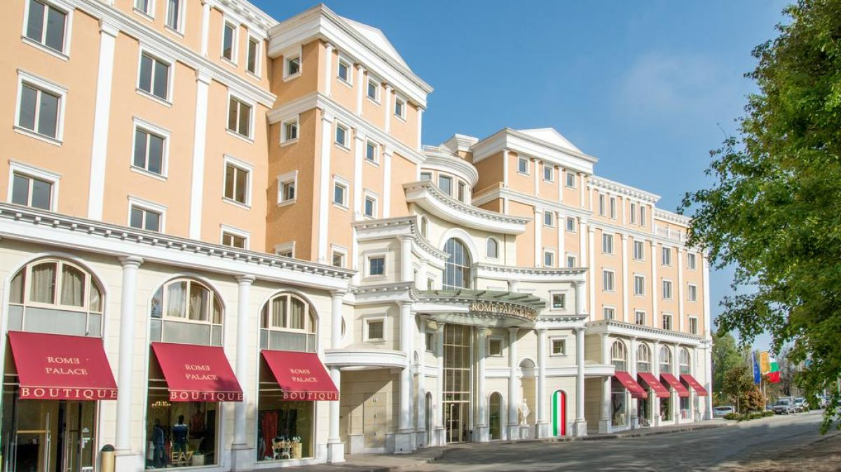 Roma Palace Deluxe