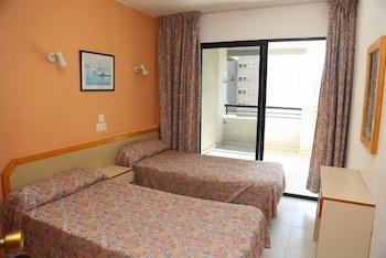 Luxmar Apartments