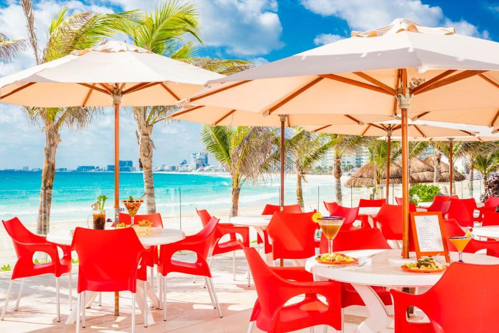 Krystal Resort Cancun
