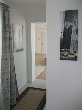 CH-Vienna City Rooms/Penthouse Terrassenapartment
