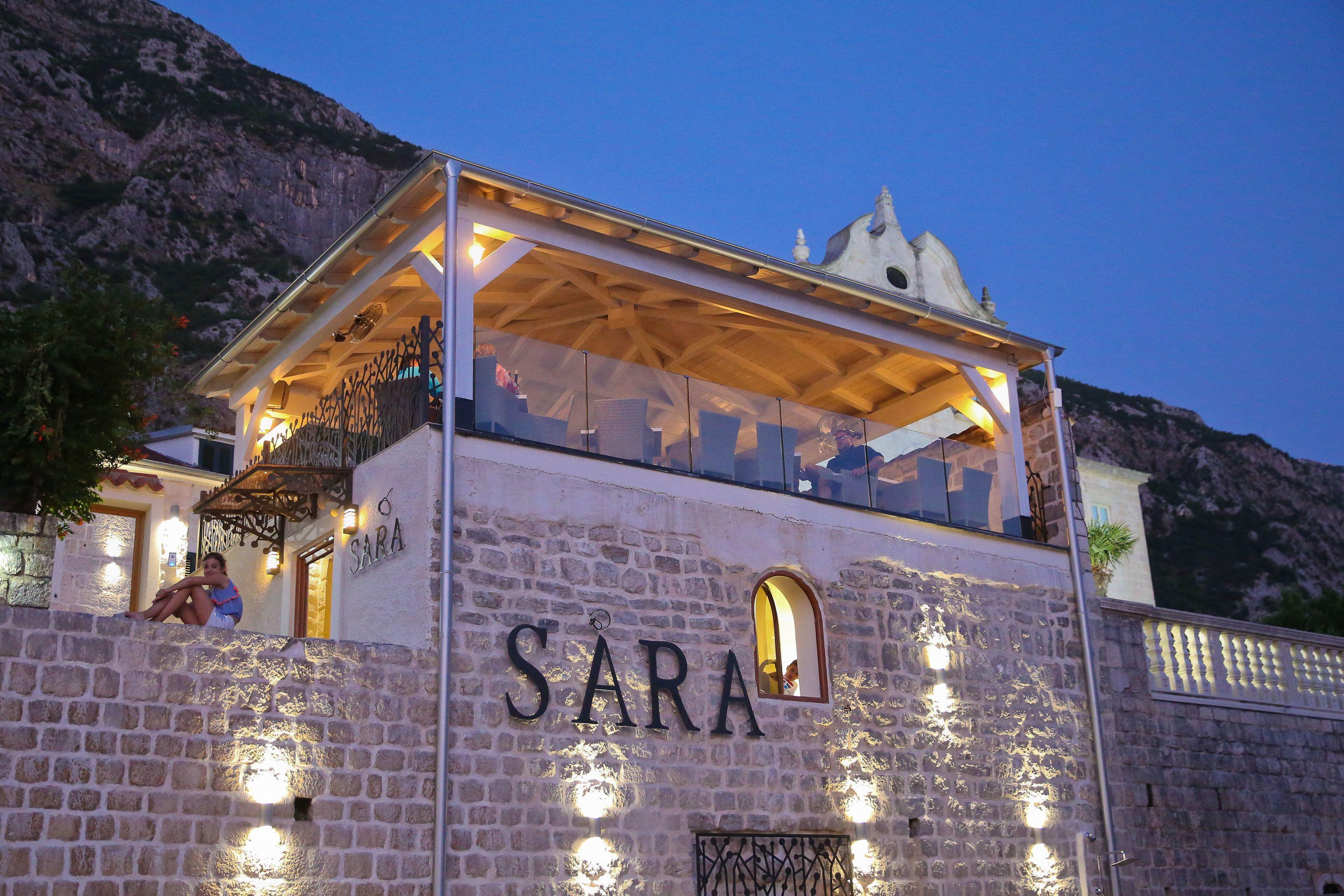 H Sara Luxury Rooms