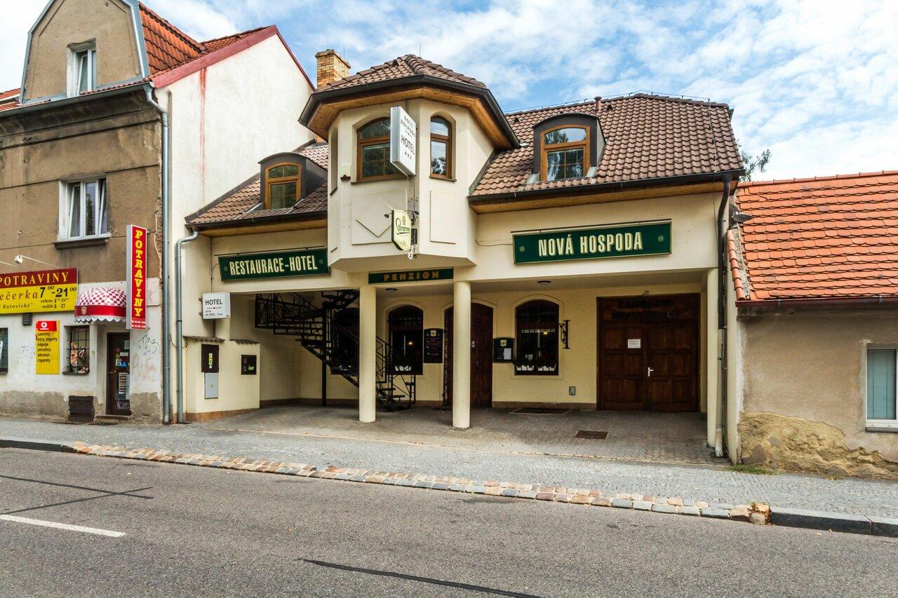 NovÁ Hospoda - Hotel & Restaurant