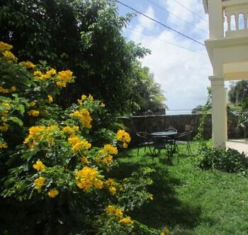 Golden Rod Villa