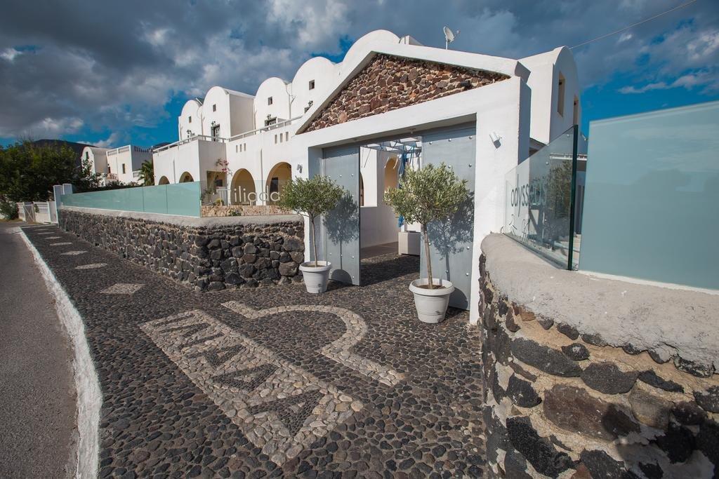 Iliada (Perivolos - Santorini)
