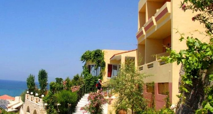 Oasis Skaleta Hotel
