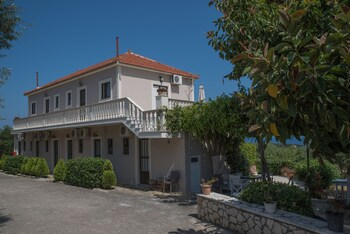Villa Kapnisi