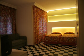 Orient Suite