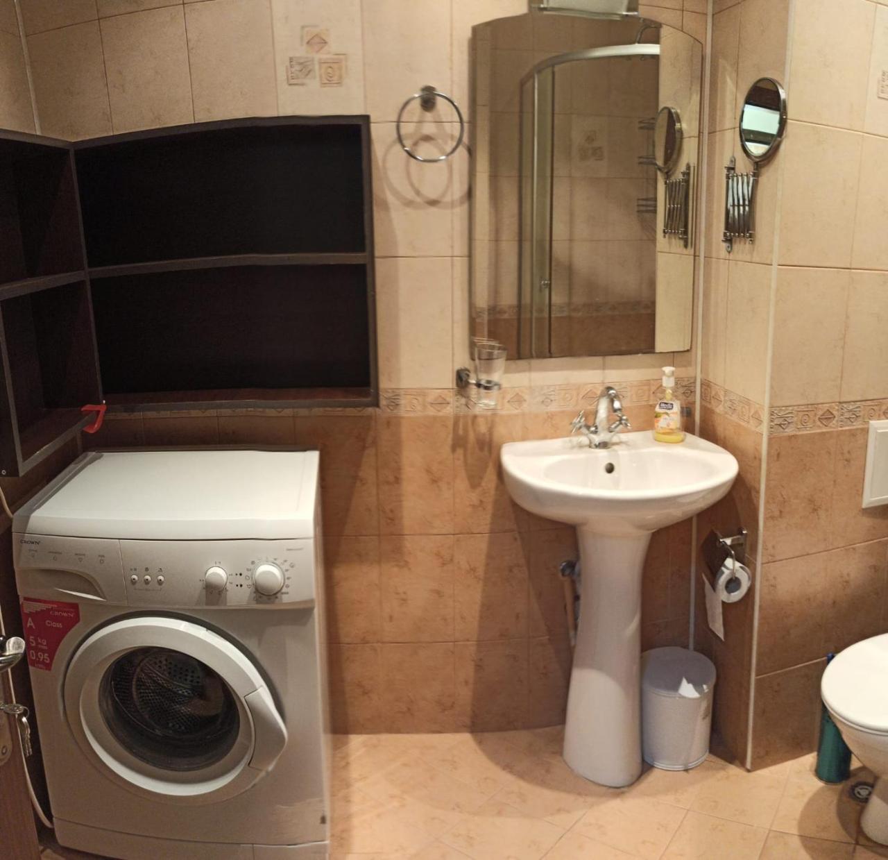 Апартамент Вангелов